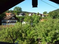 dach-balkon-west-blick-richtung-berge